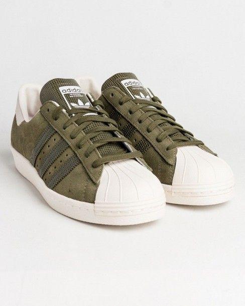 Wheretoget - Adidas khaki sneakers