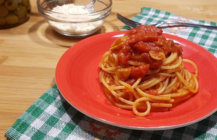 Spaghetti alle olive verdi - spaghettata veloce   cucina preDiletta