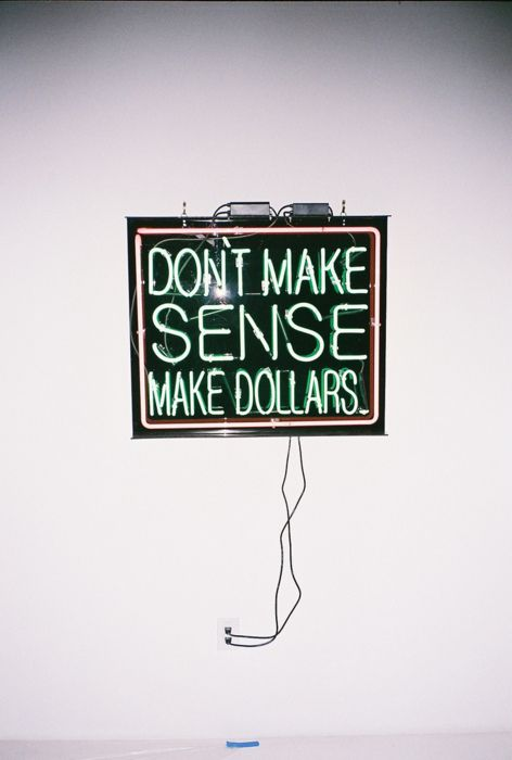 Make dollars. This is gonna be next to my door frame at home. Maybe not dollars, maybe pounds ;)