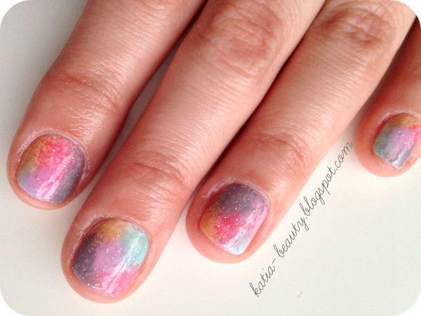 Katia o kosmetykach: Katia o paznokciach - pastelowy mani