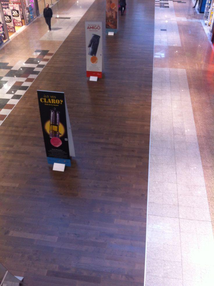 Colección WoodComfort instalada en el centro comercial Vallsur en Valladolid