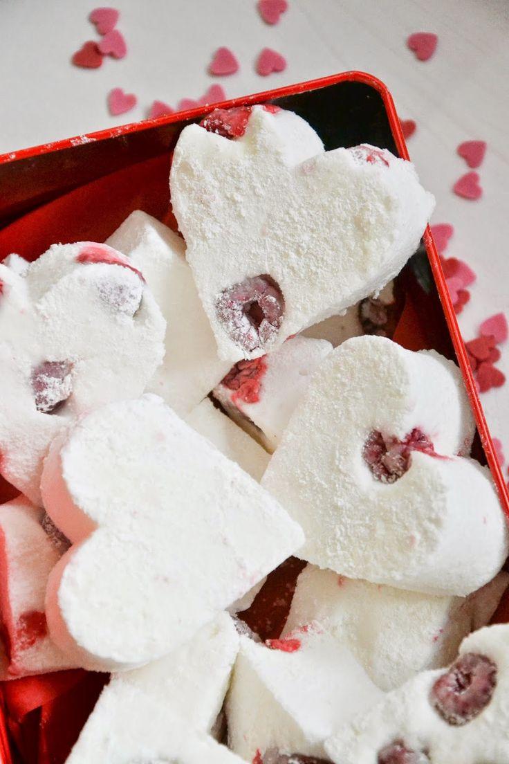 Le ricette di San Valentino: Marshmallow fatti in casa con lamponi