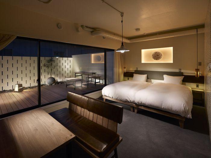 デザイナーズホテルとは、ホテルの外観や内装、インテリアにこだわったデザイン性のあるホテルのこと。海外では「デザインホテル」や「ブティックホテル」などと呼ばれています。