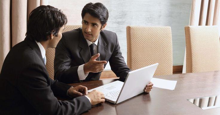 O que é um consultor SAP HR?. O SAP é um software corporativo que uma empresa usa para ajudar a dirigir o empreendimento. Ele fornece funcionalidade transacional e analítica de apoio aos processos de negócios de uma empresa em uma área funcional, como finanças ou contabilidade, gestão de relacionamento com o cliente, cadeia de abastecimento ou de recursos humanos. Um consultor ...