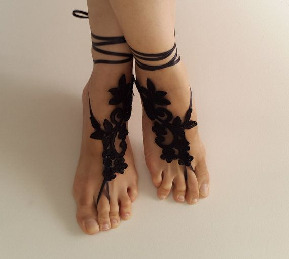 Hey, I found this really awesome Etsy listing at https://www.etsy.com/listing/268972523/bridal-accessories-black-lace-wedding
