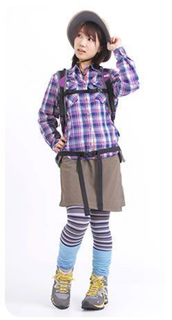 山ガール ファッション 登山 コーディネート写真 モデル画像