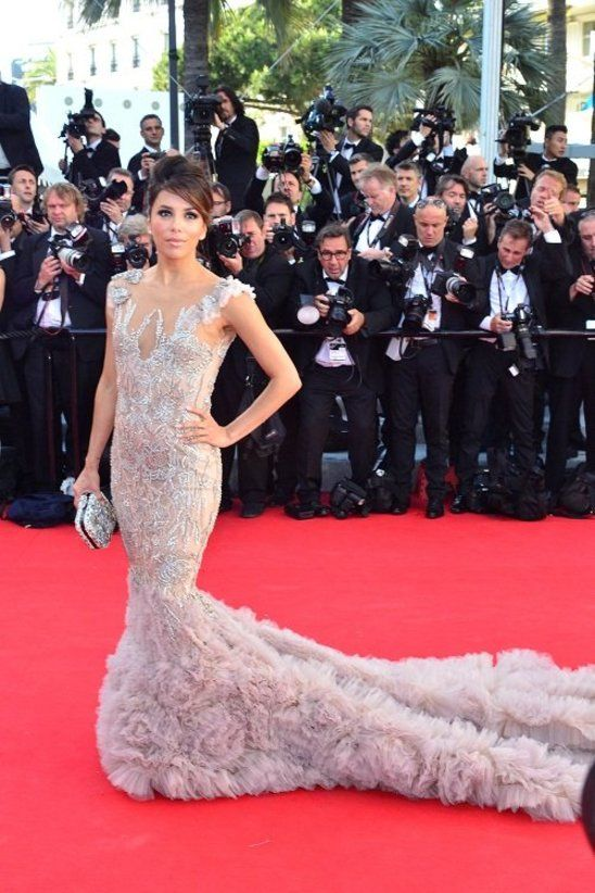 Eva  attended the 2012 Cannes Film Festival in a stunning Marchesa gown looking absolutely breathtaking!