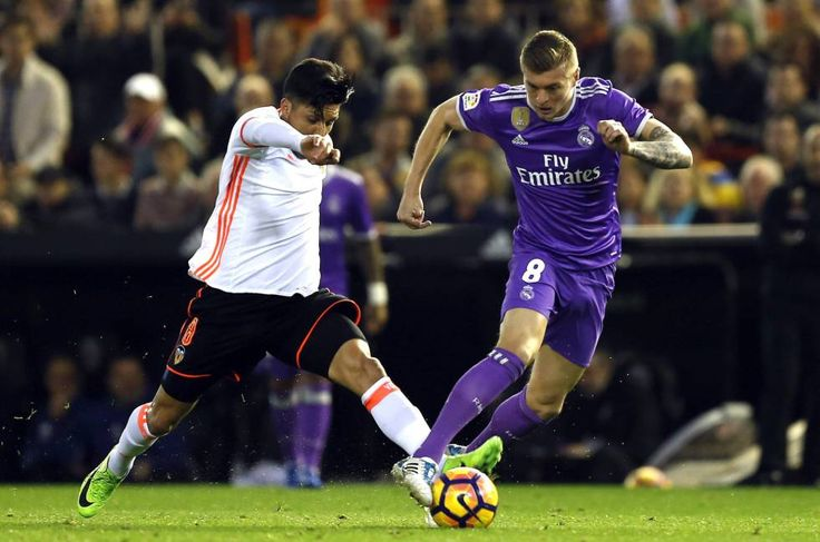 Real Madrid vs Valencia en vivo online - SkNeO2 - Ver partido Real Madrid vs Valencia en vivo online en directo por internet. Compartimos links o enlaces para que puedas ver este partido de fútbol.