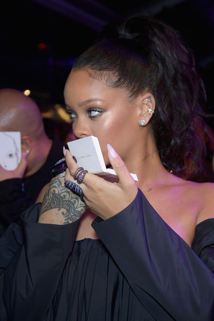 New top story from Time: Ashley HoffmanRihanna Has the Best Reaction to People Who Dont Know Her Full Name http://time.com/4953033/rihanna-side-eye-meme/| Visit http://www.omnipopmag.com/main For More!!! #Omnipop #Omnipopmag