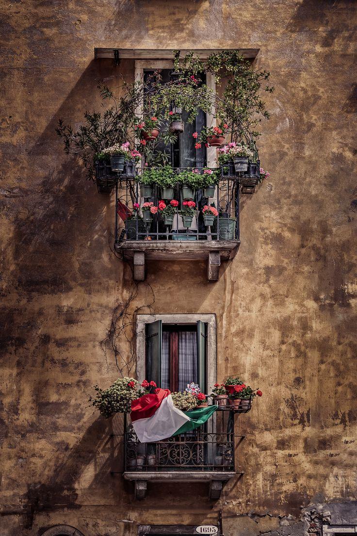 [[Venice Windows by Alex Hill on 500px]]