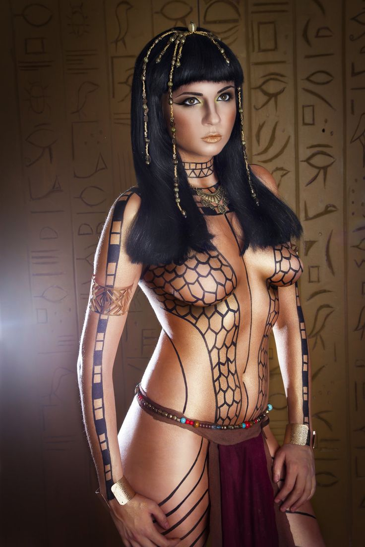 Egyptian body paint-7296