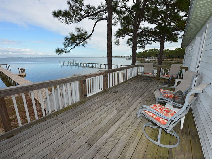 Avid Angler ~ West Gulf Beaches ~ Bay Front | Collins Vacation Rentals