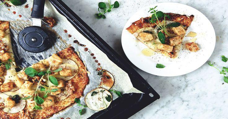 Laga vegetarisk pizza med glutenfri pizzadeg! Quorns (lakto ovo) vegetariska och lättlagade middagstips är ett hälsosamt alternativ till kött.
