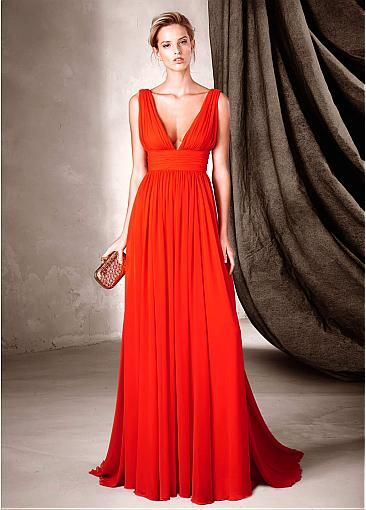 Flowing Chiffon V-Neck A-Line Prom Dresses With Pleats