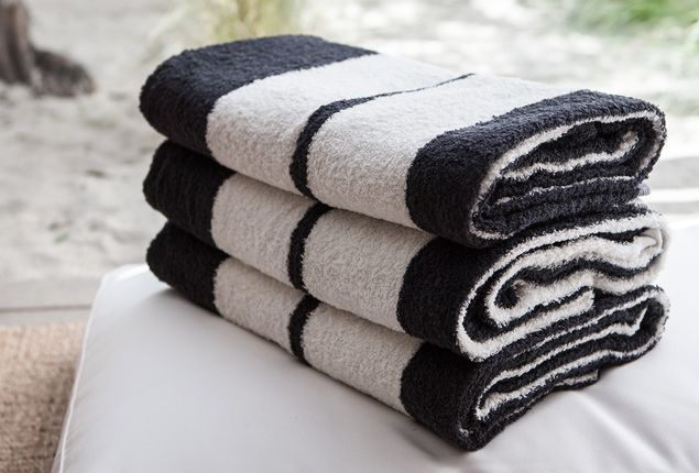James Perse towels