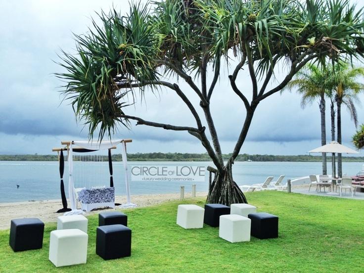 Culgoa Point Beach Resort, Noosa Heads limousine transfers Maroochydore & Brisbane airports  www.noosaviplimousines.com