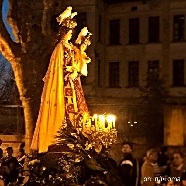 A' maronna iesce è nnove e s'arritira a calata e l'ora... Madonna delle galline, Pagani. #processione #festa #tradizione #folclore #madonnadellegalline #pagani #2015 #instaitalia #instantaneedallafesta #Campania #igers_Salerno #sacro #profano #tammorre #tammurriata #folklore #ruiroma