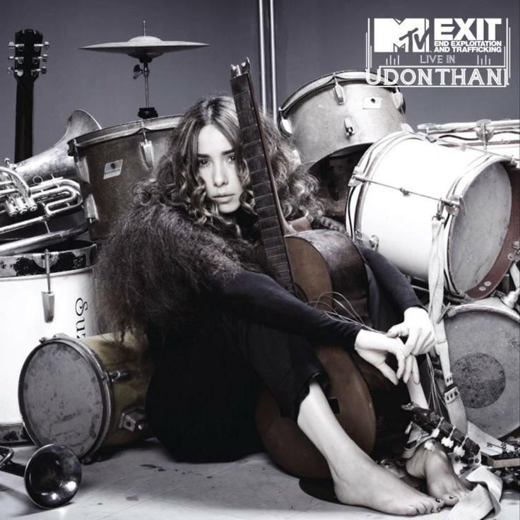BIG NEWS!   Super famous Thai pop artist Palmy will be joining us at MTV EXIT Live in Udon Thani! Palmy will bring her unique style of music to the stage, and will also be giving tips to her fans to help them avoid falling into exploitative work conditions and human trafficking.   Put your hands up if you love Palmy and you know it!!!