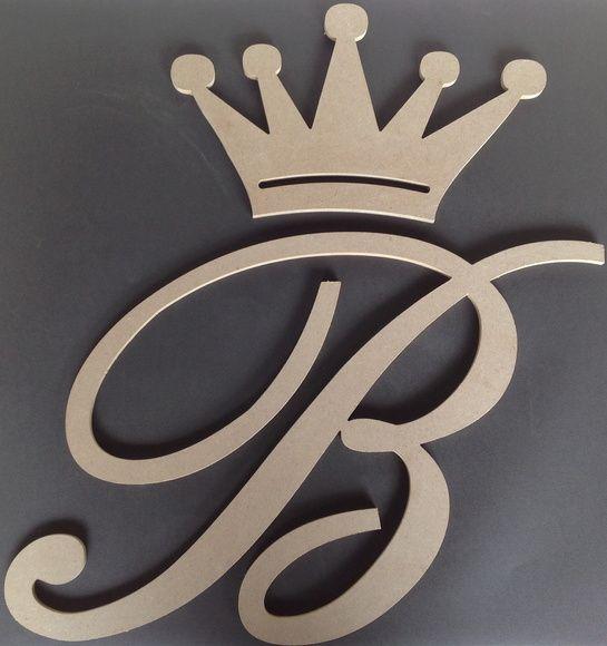 Coroa + Letra em MDF (sem pintura)