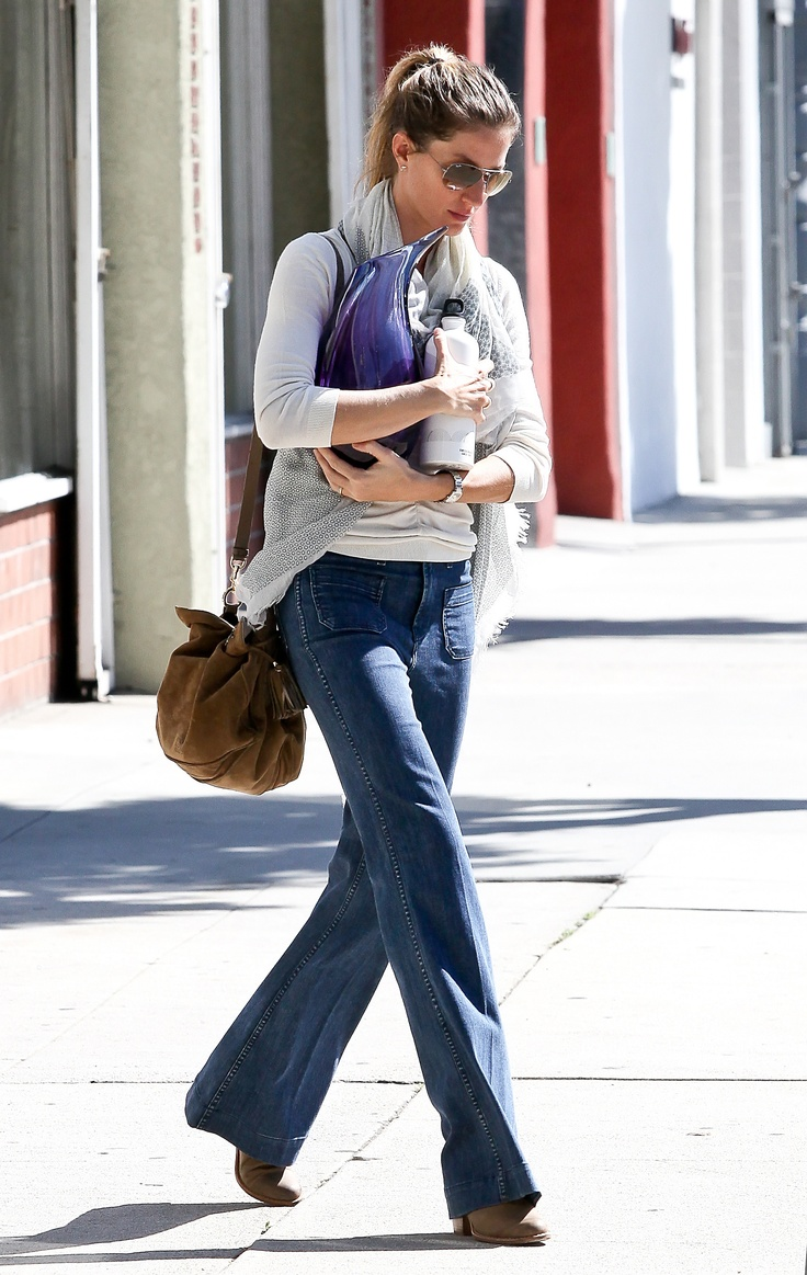 loewe uflamencou bag as worn by gisele bundchen