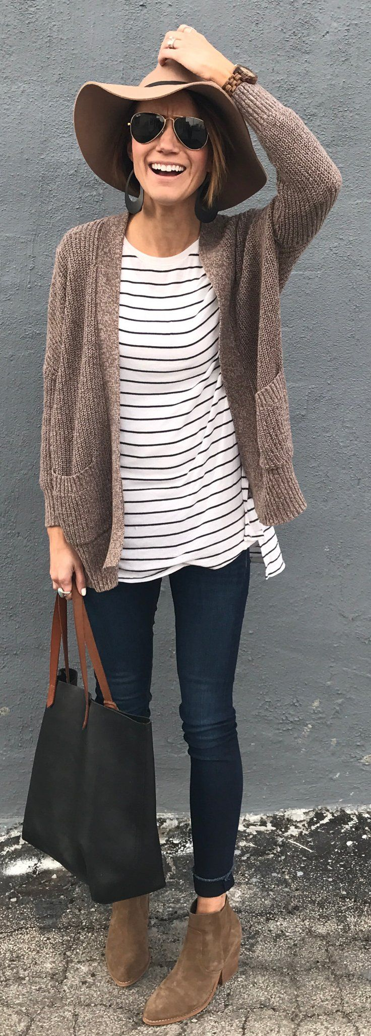 #spring #fashion /  Brown Hat / Brown Cardigan / Navy Skinny Jeans / Brown Suede Booties