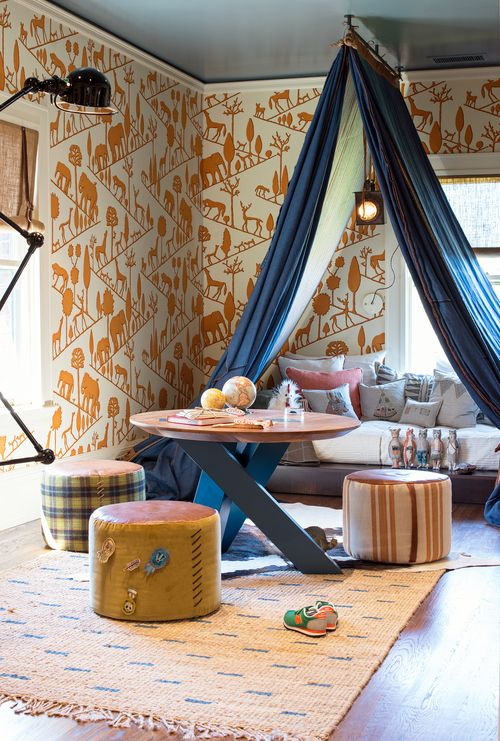 Color inspiration : orange and blue.  Note ceiling  Via regan baker design