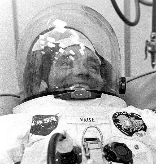 apollo 13 astronauts - 660×693