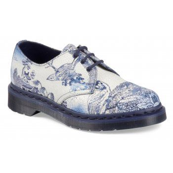 Based on the intricate patterns of Chinese ceramics these shoes are made from painted suede, designed to crack and wear just like the plates that inspired them. Their 3 eyelets may be classic 1461, but their blue welt and sole make them out as something truly individual. http://www.marshallshoes.co.uk/womens-c2/dr-martens-ladies-1641-willow-lace-up-shoe-16732110-p3205
