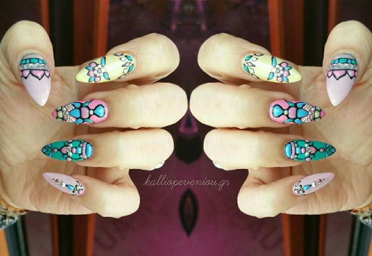 #handmadenailart #nails #gelnailart #colorgel #naildesign