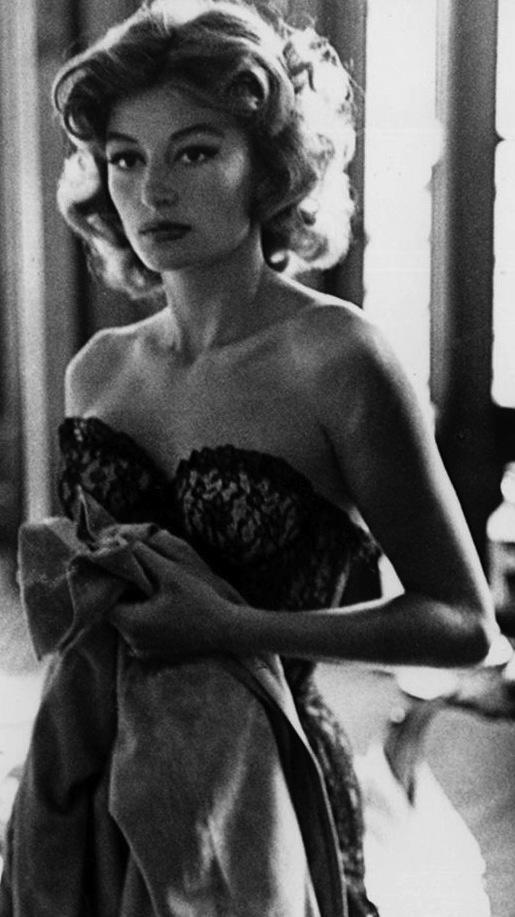 Anouk Aimée - Lola (Jacques Demy, 1961)
