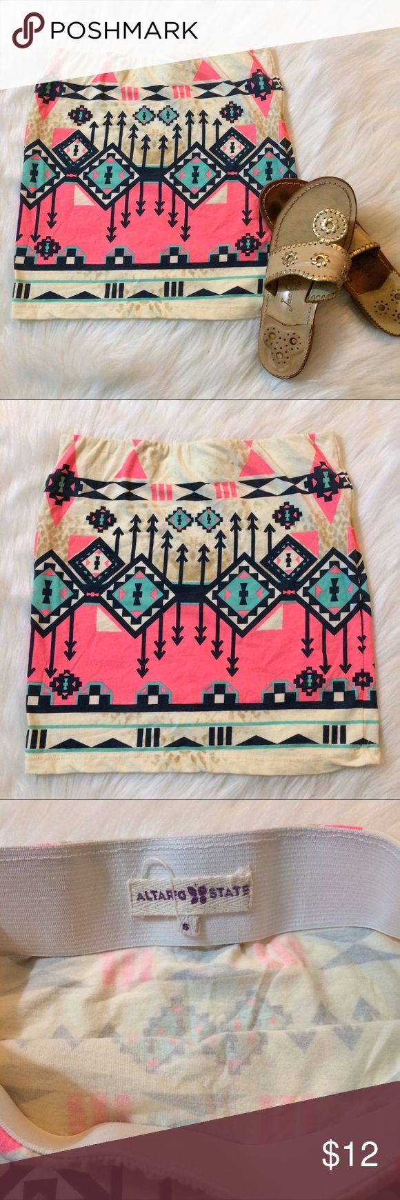 Altar'd state Aztec print skirt Mini skirt, size small. Elastic waistband. Aztec print and in very good condition with no flaws. Altar'd State Skirts Mini