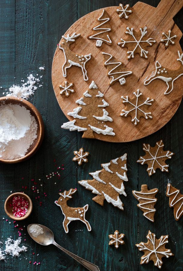 Old-Fashioned Gingerbread Cookies + a Giveaway! - The Kitchen McCabe #flatlay #flatlays #flatlayapp   www.flat-lay.com