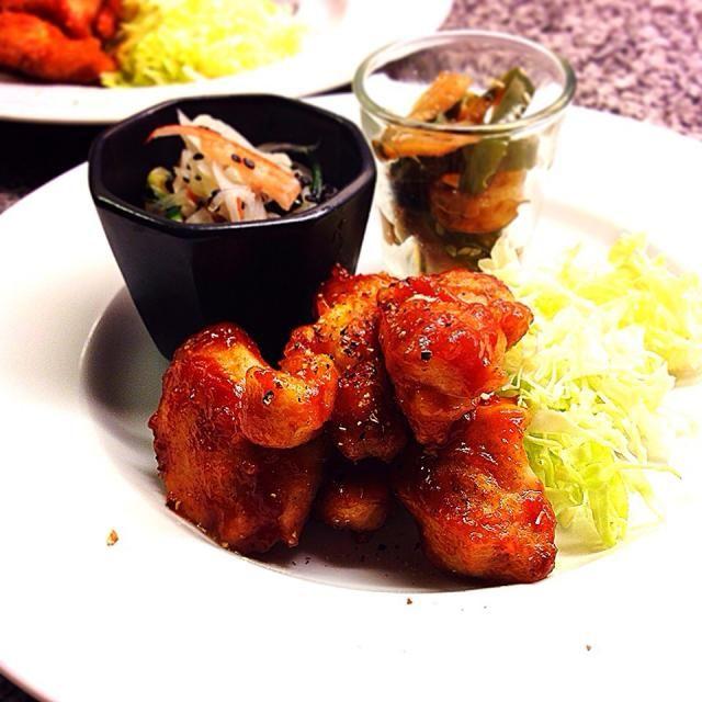 ネットレシピもなかなかですね ⚫︎鶏胸肉、ジンジャーケチャップ ⚫︎ピーマンと竹輪の金平 ⚫︎大根、胡瓜とカニカマの甘酢和え お腹ぎ空いていたのか、子供たちもぺろりでした✨ ごちそうさま! - 112件のもぐもぐ - Stir-fried Chicken with Ginger tomato ketchup sauce.  ジンジャーケチャップチキンのディナープレート by Yuka Nakata