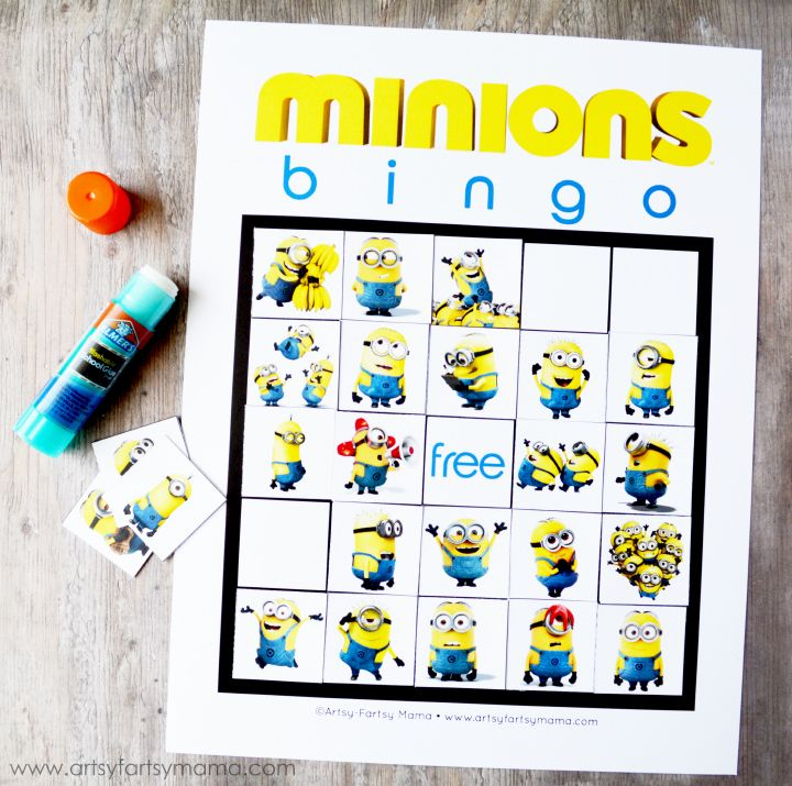 Free Printable Minions Bingo Game at artsyfartsymama.com Great as travel game, too