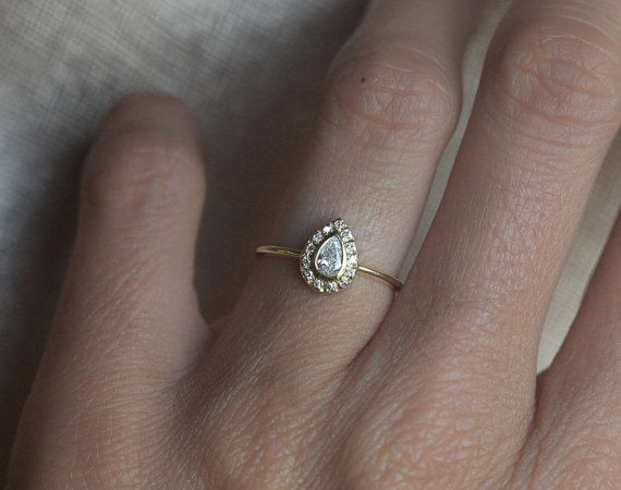 NUMBER ONE. THIS IN ROSE GOLD WITH A SIMPLE WHITE GOLD WEDDING BAND. YES. SO SIMPLE, SO BOHO.