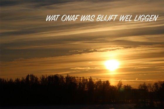 http://www.froot.nl/posttype/froot/zet-songteksten-van-blof-op-motiverende-posters-en-je-krijgt dit