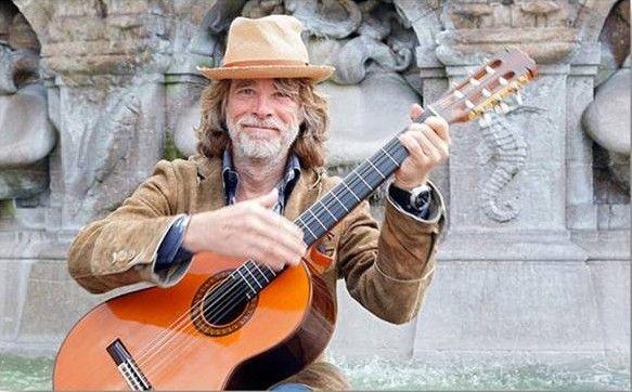Helge Schneider neues Video zum Song 'Sommer, Sonne, Kaktus!' - Helge Schneider hat sein neues Video zum Song 'Sommer, Sonne, Kaktus!' veröffentlicht. Sommer, Sonne, Kaktus!