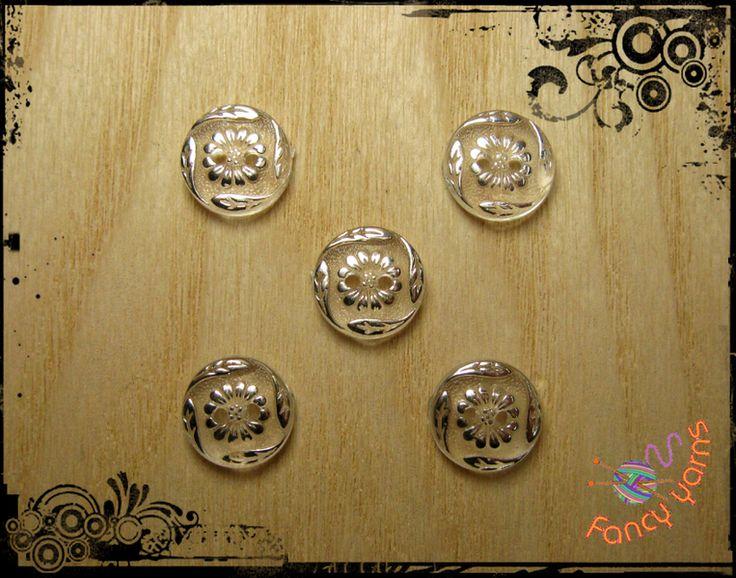 5 bottoni vintage trasparenti/argento- mm. 13 di Fancy yarns su DaWanda.com