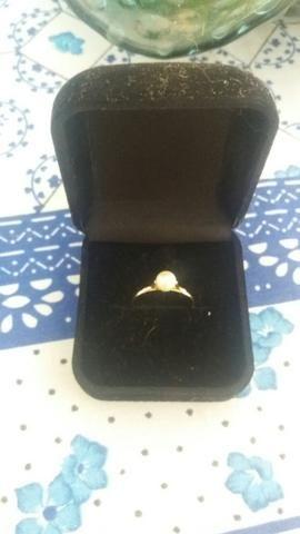 vendo anel de Perola ouro 18k numeração 20