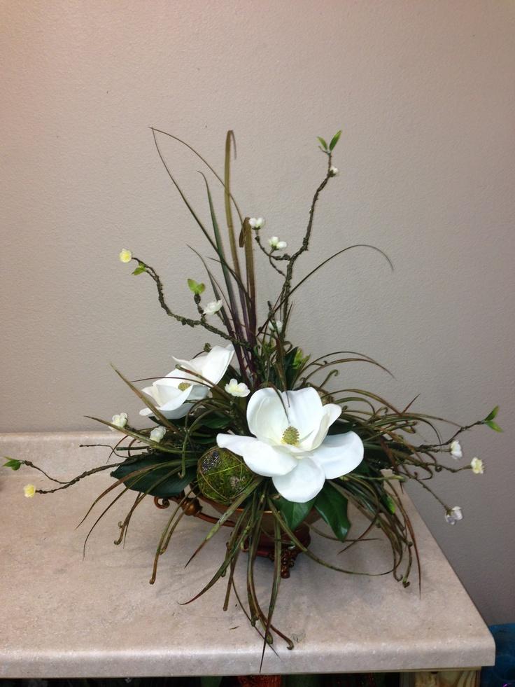 Magnolias Floral Decor Pinterest Magnolia Floral Arrangement And Flower Arrangements