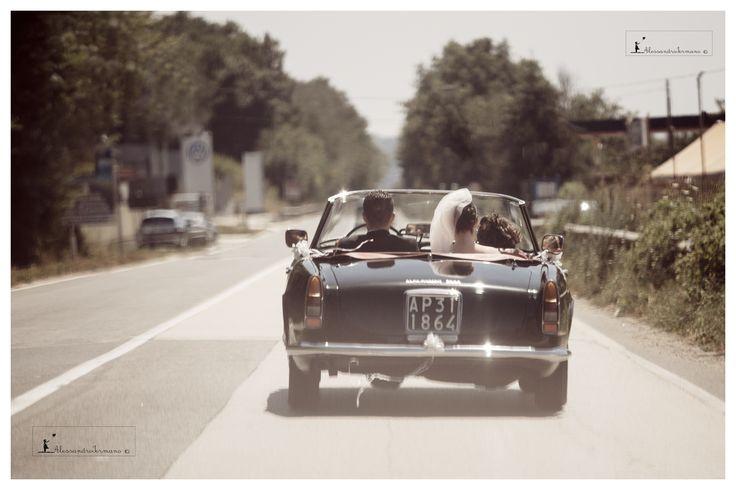 #weddingcars #weddingreportage #atelierlaperla #atelierlaperlaiannucci #iermanofoto #bride #destinationwedding #weddingday #weddingdress #weddingtable #location Love #loveitaly #italy #italia #weddinglocation #weddinginitaly #avellino #benevento #caserta #sorrento #details #positano #amalficoast