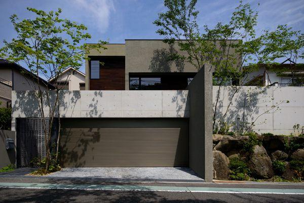 ガレージハウス リビングテラスのある家 デザイナーズハウス・注文建築・自由設計・建築家 アーキッシュギャラリー(東京・名古屋・大阪)Achish&Gallery
