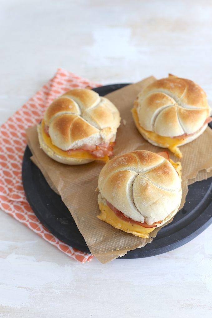 Lunchtip: kaiserbroodjes met ham en kaas
