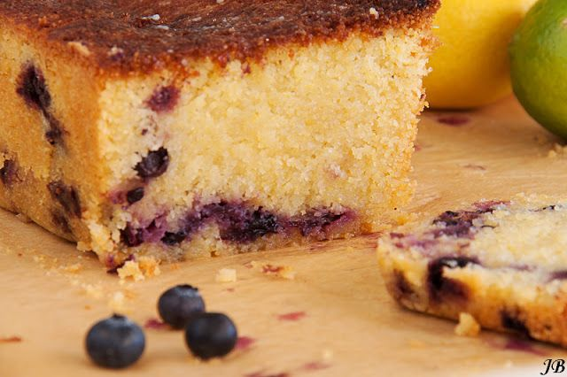 Carolines blog: Citroencake met blauwe bessen