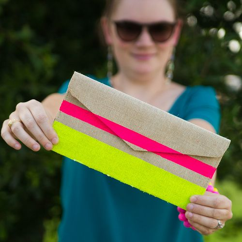 DIY Neon Clutch and Summer On-The-Go Essentials #FreshNaturally #Shop