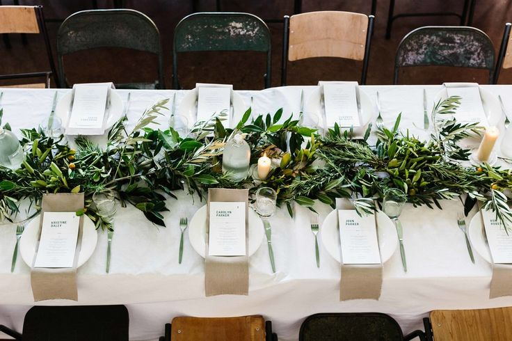 greens garland table runner.