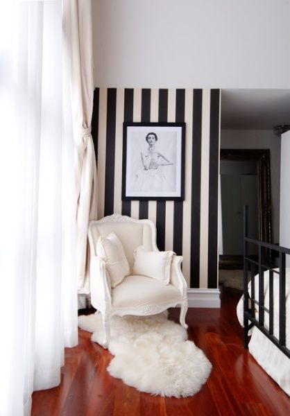 Black And White Striped Wallpaper