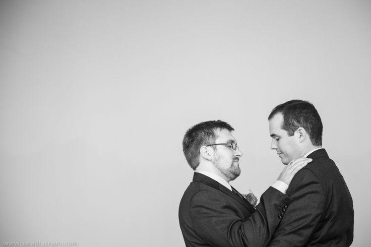 27-gay-men-wedding-portrait-hands-on-shoulders-7aa4