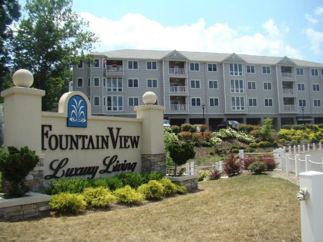 Fountain View Condominiums.  Luxury living in the heart of Morgantown, WV just minutes from WVU, hospitals, Mylan and other major employment centers.  Two- bedroom/two-bath condos available for sale or lease.  Private garages available with select units.  Condos starting at $171,000, garage not included.