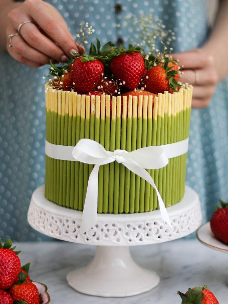 25 best ideas about pocky cake on pinterest matcha cake. Black Bedroom Furniture Sets. Home Design Ideas